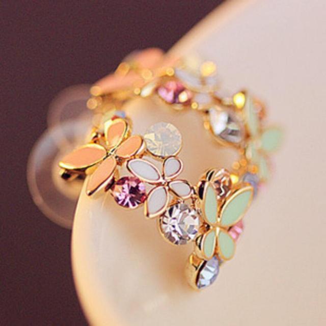 2015 New !!! Hot Fashion Fine Jewelry Gold Rhinestone Colorful Flowers Dazzling C-type Butterfly Stud Earrings For Women E-104