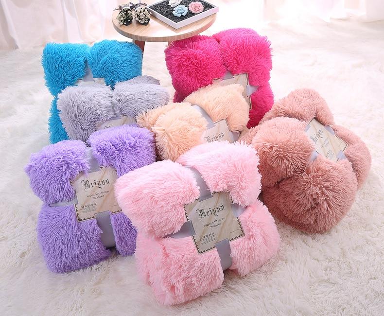 все цены на Plush PV cashmere Long Pile Baby fluffy blanket, Newborn blanket photo prop,soft comfortable bed quilt props(160*200) онлайн