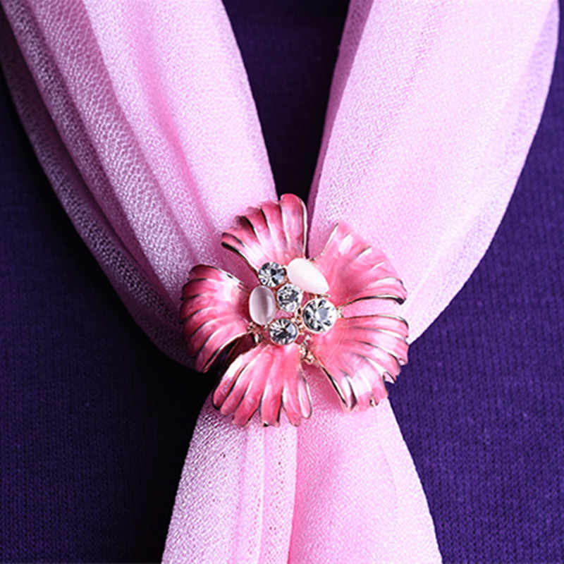 Nouveau Style mode fleur épingles incrusté cristal broches oeil de chat pierre fleur épingles écharpe trois boucle anneau Clips cadeau pour femmes