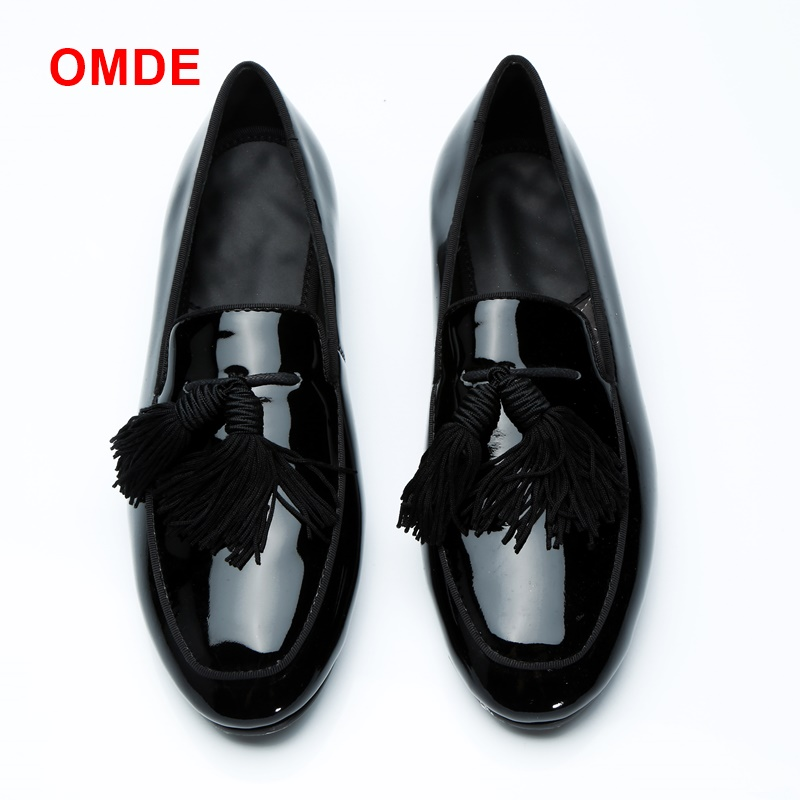 OMDE Black Patent Leather Mens Shoes Luxurious Round Toe Tassel Loafers Italy Style Slip on Men's Dress Shoes Summer Slippers