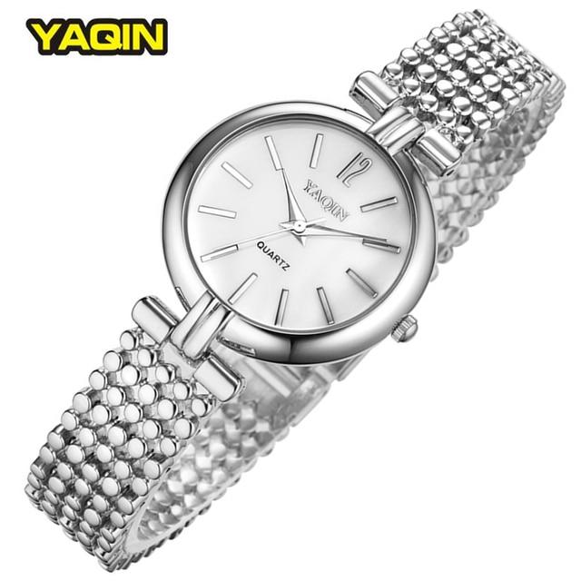 5524b4952b5 Simples Mulheres Relógio de Prata Elegante De Quartzo-Relógio Relógios de  Marca Senhoras Relógios 2016