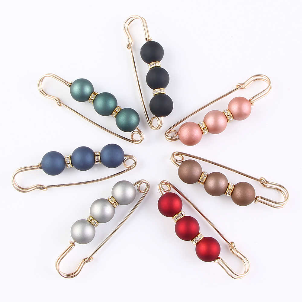 Fashion 1Pc Woman/Girl Three Beads Brooch Classic Charm High Quality Accessories Simple Brooches Pin