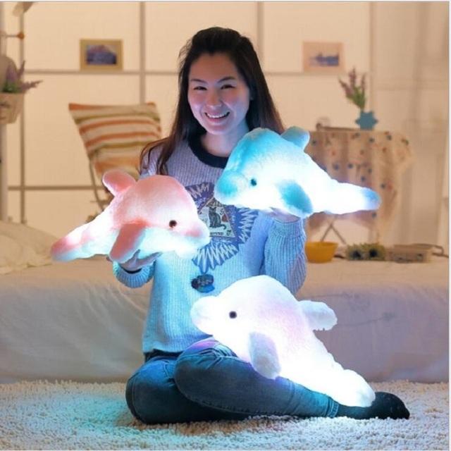 45 cm Colorido Brillante Suave Luminoso LED Parpadeante Luz de Juguete Almohada Delfín de Peluche de Felpa Juguetes de la Muñeca de Regalo de Cumpleaños Del Bebé