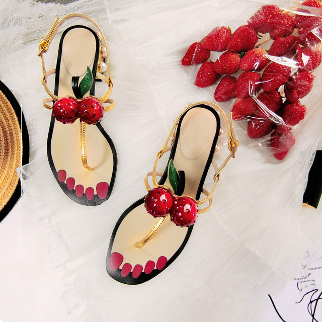 7cf08a95c Summer Ladies Sandals Fashion Black Pink Gold Shoes Women Narrow Cherry  Pearl Chunky Low Heels Flip-flop Thong Sandals Woman