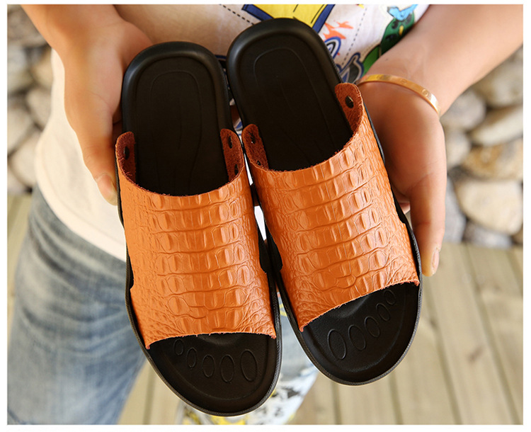 2018 New Men Genuine Leather Holiday Beach Shoes Flip Flops Men`s Casual Flat Shoes Sandals Summer Slippers For Men (5)