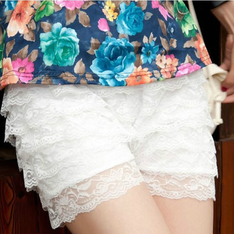 2018 Summer spring Women   shorts   korean Casual Mid-waist spodenki Sexy Lace Sheer Floral Hollow Out Elastic   Shorts   Elasticity