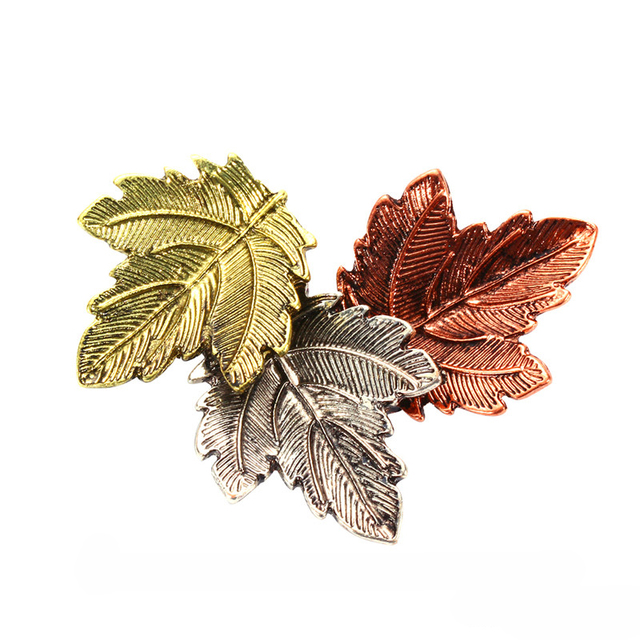 30c7c948f Three Color Maple Leaf Brooch Pins Suit Sweater Collar Lapel Metal Pin  Leaves Brooches Accessories XR260