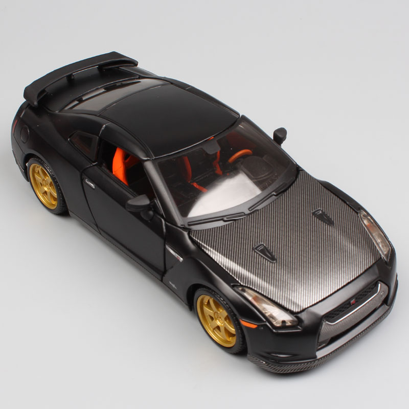 1:24 Scale Mini Children Nissan GTR 2009 GT-R R35 Carbon Fiber Charger Metal Diecast Model Racing Sport Auto Cars Toys Gift Boys