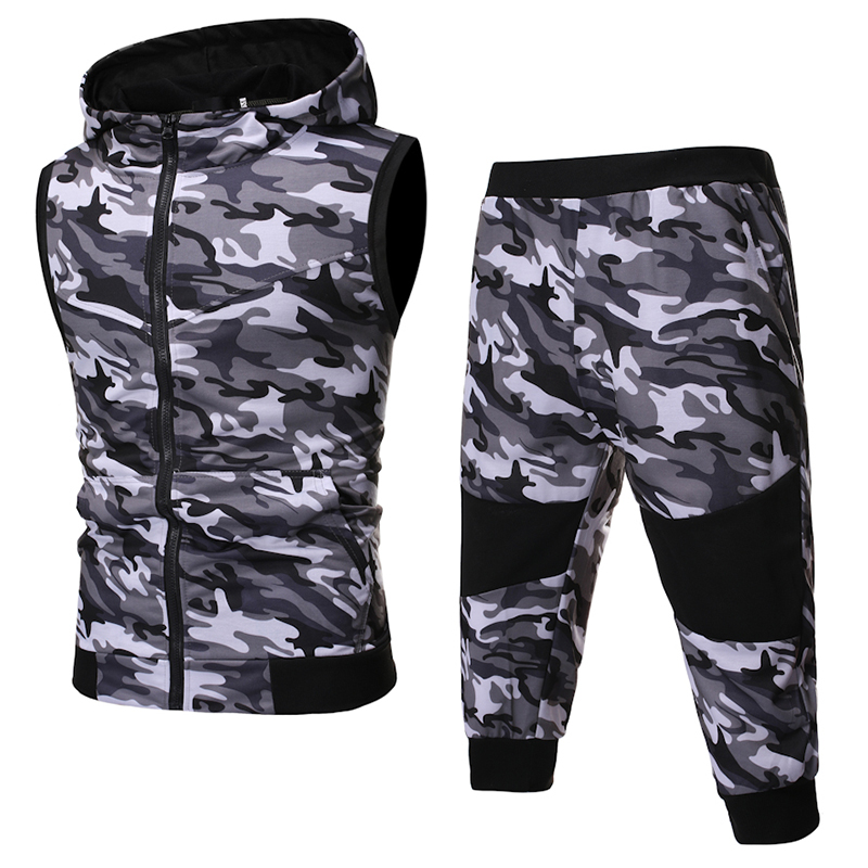 2019 Summer New Men'S Hot Classic Sports And Leisure Camouflage Set Sleeveless Vest, Camouflage Shorts 2 Piece Sports Suit