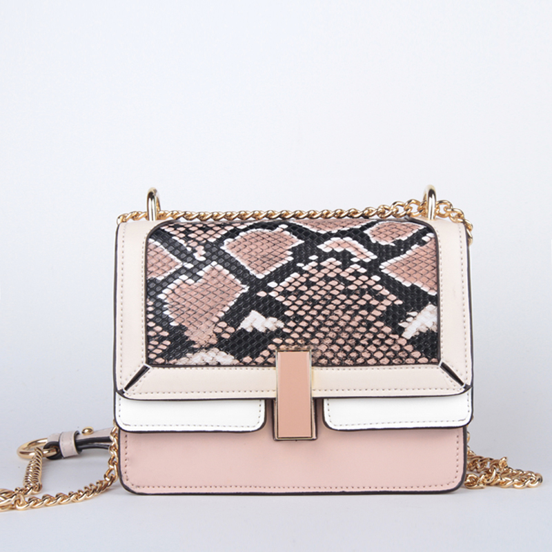 New European and American Exclusive Chain Shoulder Bag Lock Serpentine Crossbody Bags PU leather Messenger Bags For Women 002 недорго, оригинальная цена