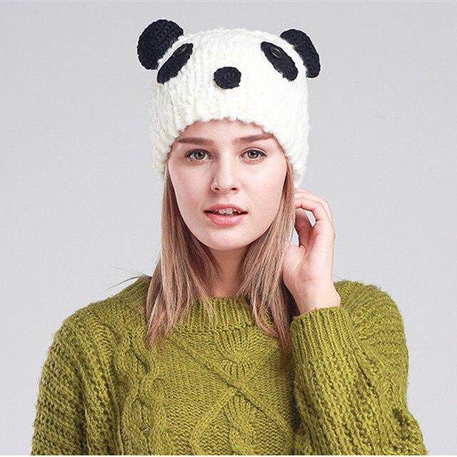 BomHCS novedad lindo Panda gorros de invierno gorros tejidos hechos a mano  para mujeres gorras 9eb970af689