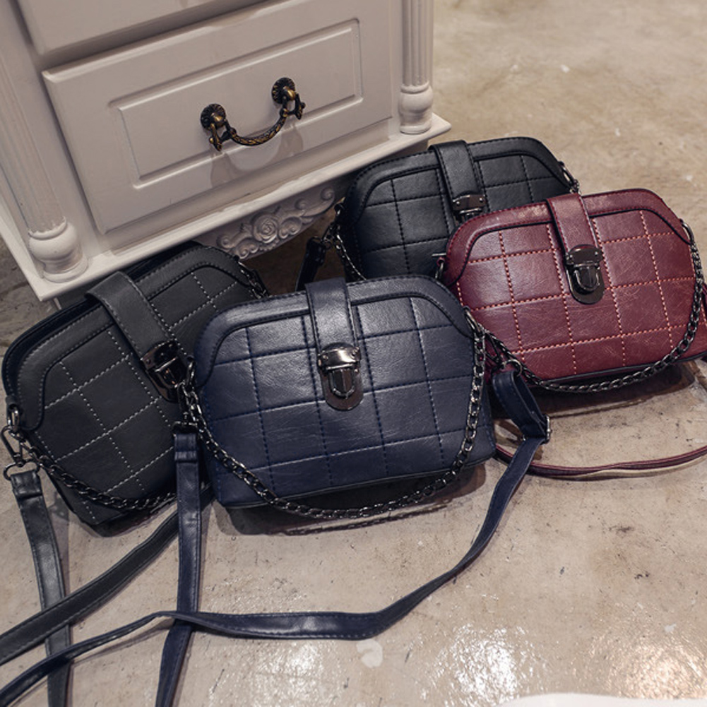 Women PU leather handbags messenger bags fashion lock small flap shoulder bag ladies mini crossbody bags female daily clutches  2016 summer new fashion female bag embossed quality pu leather women bag handbag chain lock shoulder messenger small bag mini