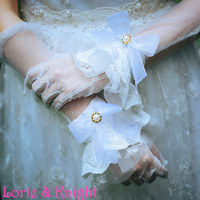Handmade Vintage White Lace Sweet Bow Lolita Accessories Ladies Hand Cuff