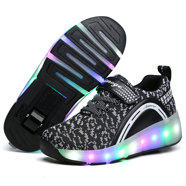 Kids Glowing Sneakers Sneakers with wheels Led Light up Roller Skates Sport Luminous Lighted Shoes for Kids Boys Pink