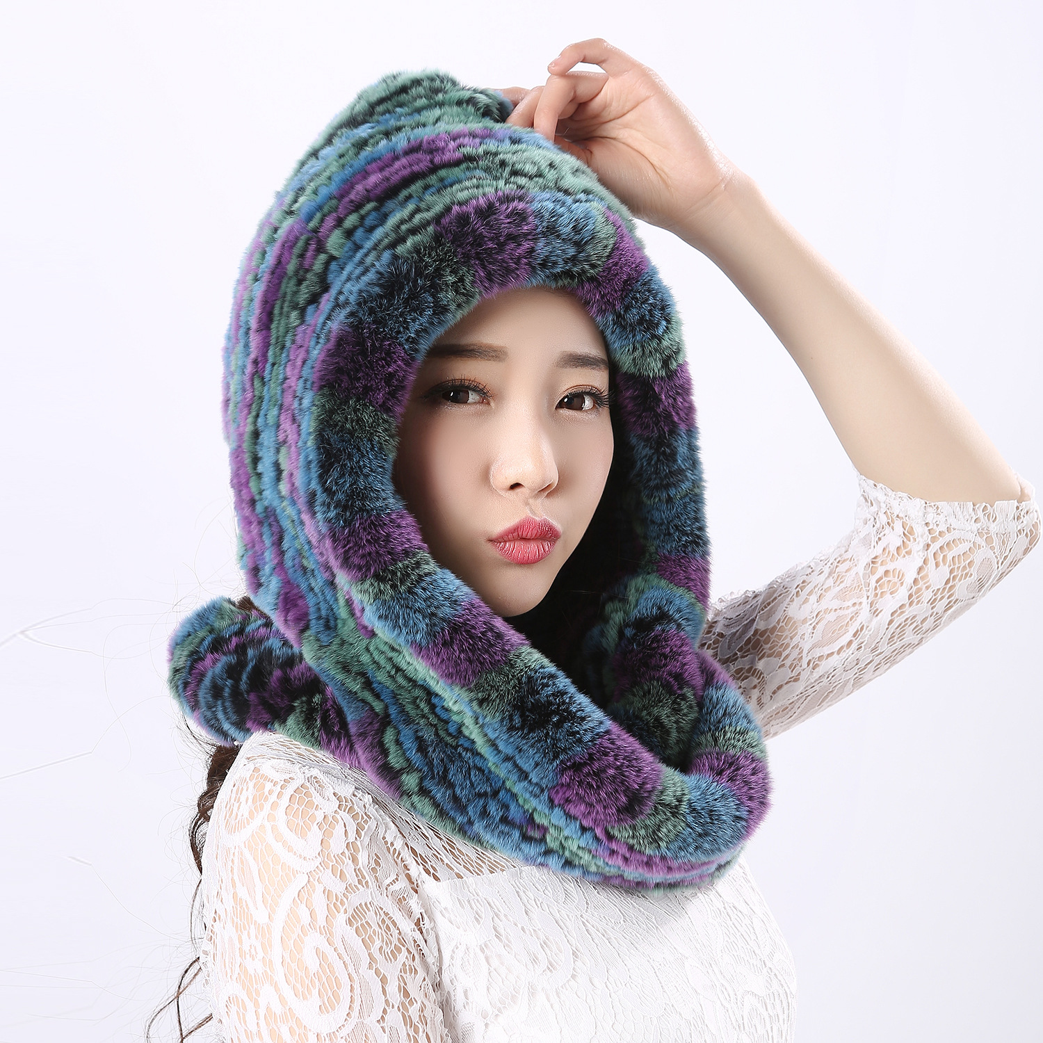 Thick autumn winter warm real rabbit fur scarf and hat Women with a hood rex rabbit fur scarf fur hat pashimina rabbit hair lady autumn winter new weaving small pineapple fur hat in winter to keep warm very nice and warm comfortable