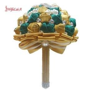 Image 2 - WifeLai ゴールデンエメラルドグリーン人工ローズ花嫁のブーケダイヤモンドリボン結婚式のブーケの装飾花 W2913