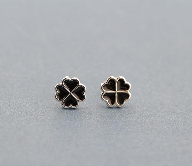 Black Four Leaf Clover Earrings White 4 Earring Heart Women Jewelry Ear Studs