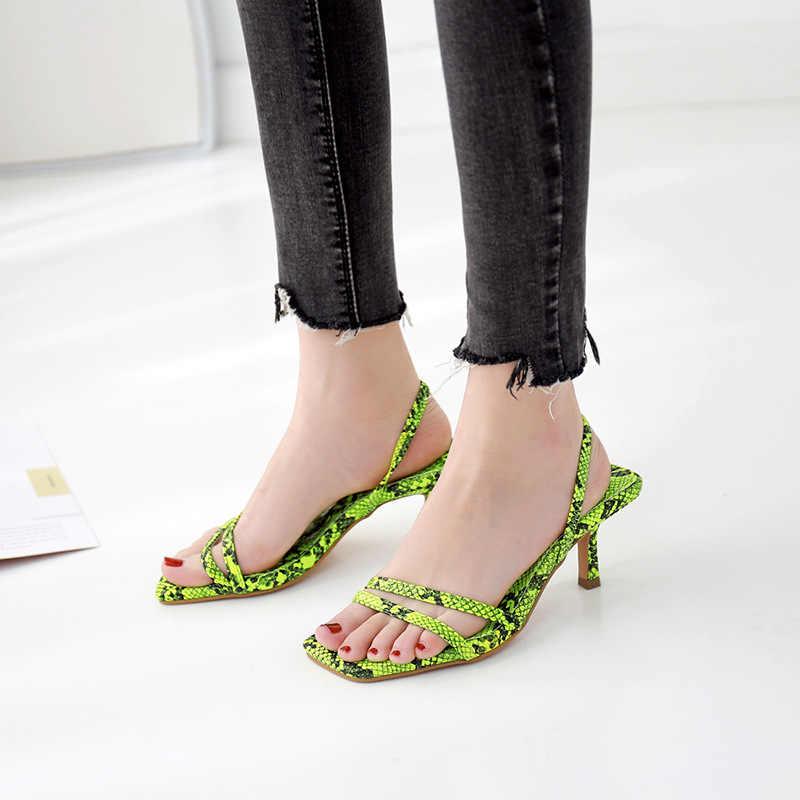 Ayakkabı kadın 2019 yaz yeni moda vahşi yılan desen seksi sandalet ince kare kafa rahat ayakkabılar