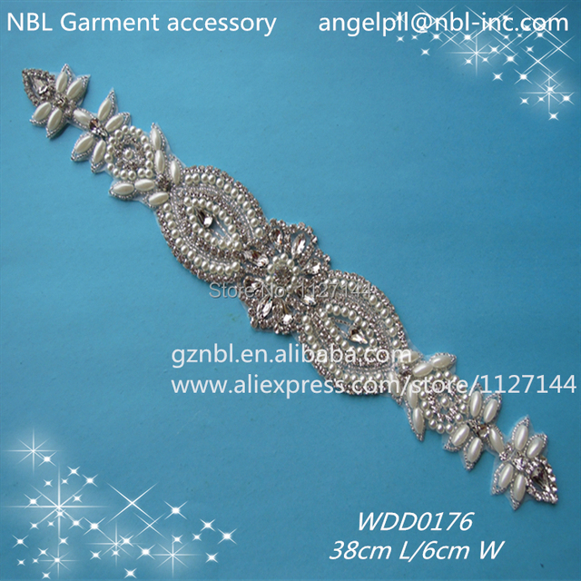 (30PCS)Wholesale bridal sash iron on beaded sewing rhinestone pearl  appliques for wedding dresses fd7bcaa83a35