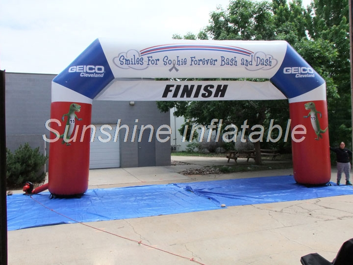 Arc gonflable de sport de l'angle 9 m x 5.2 m fait sur commande pour la porte de course