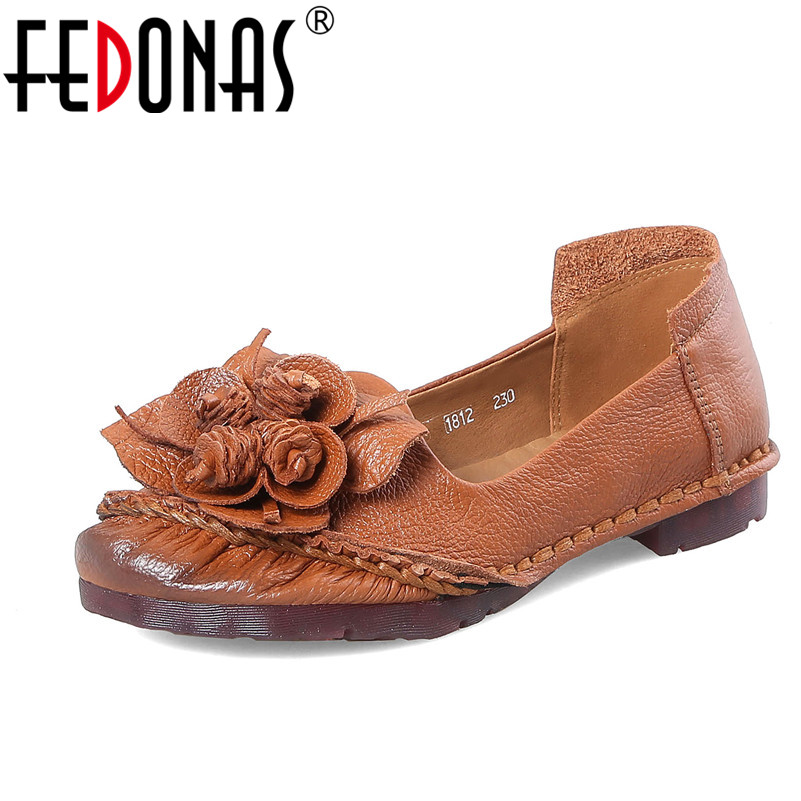 FEDONAS Spring Autumn Fashion Flower Design Round Toe Flat Shoes Vintage Genuine Leather Women Flats Girl Loafer Shoes Woman trendy women s flat shoes with round toe and tassels design