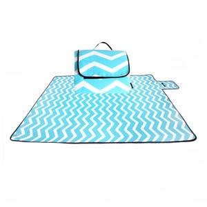 Image 5 - Outdoor Feuchtigkeits Strand Decke Matte Faltbare Camping Matte Pad Picknick Matte Pad Decke Indoor Baby Krabbeln Decke Pad