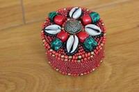 BX135 Tibétain Cousu Main Shell Rouge Mini Boîte à Bijoux De Perles À La Main Népal Coloré Perles Bijoux Gardien