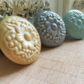 Flower Engraved Round Ceramic Porcelain Cupboard Cabinet Drawer Door Furniture Knob Handle Pull with Screws