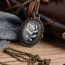 Relogio Retro Bronze Quartz Pocket Watch steampunk Clock Watches with Silver Flower Necklace watches Mens Womens Christmas Gifts
