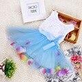 Meninas do bebê vestido ocasional vestidos de azul vestido de verão Floral colorido Pétala hem Mangas meninas do bebê roupas vestido bebe ropa