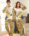 Pareja ropa de Dormir de Manga Larga Pijama Establece 2017 Nuevo Hombre y Para Mujer Minions Impresa 100% Algodón Libre del Envío