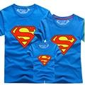 Nuevo 2016 Familia Mirada de Superman Camisetas A Juego de Ropa de Verano de la Familia Padre Madre Niños Trajes de Dibujos Animados de La Familia Ropa A Juego