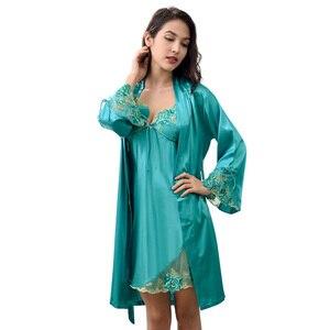 Image 5 - Xifenni Robe סטי נקבה סקסי סאטן משי הלבשת נשים תחרה V צוואר רקמת פו משי חלוקי רחצה שני חלקים בגדי בית x8204