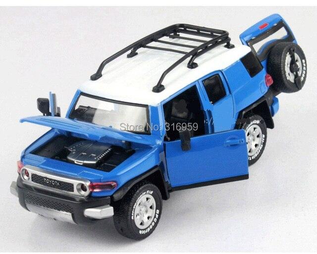Новый Toyota FJ Cruiser JEEP модель автомобиля масштаб 1:32 Сплава Diecast Откат Гонщиков звуки мигающий скольжения дверь Автомобиля МОДЕЛЬ игрушка