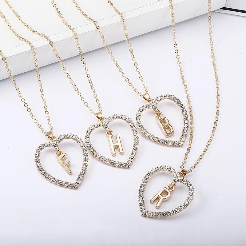Amor romântico pingente colar para meninas mulheres strass inicial carta colar alfabeto colares de ouro na moda novos encantos kolye