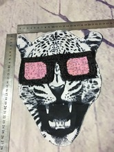 Tiger head with sequins glasses iron on patch applique vintage fashion patch T-shirt or Jeans decoration iron on patch