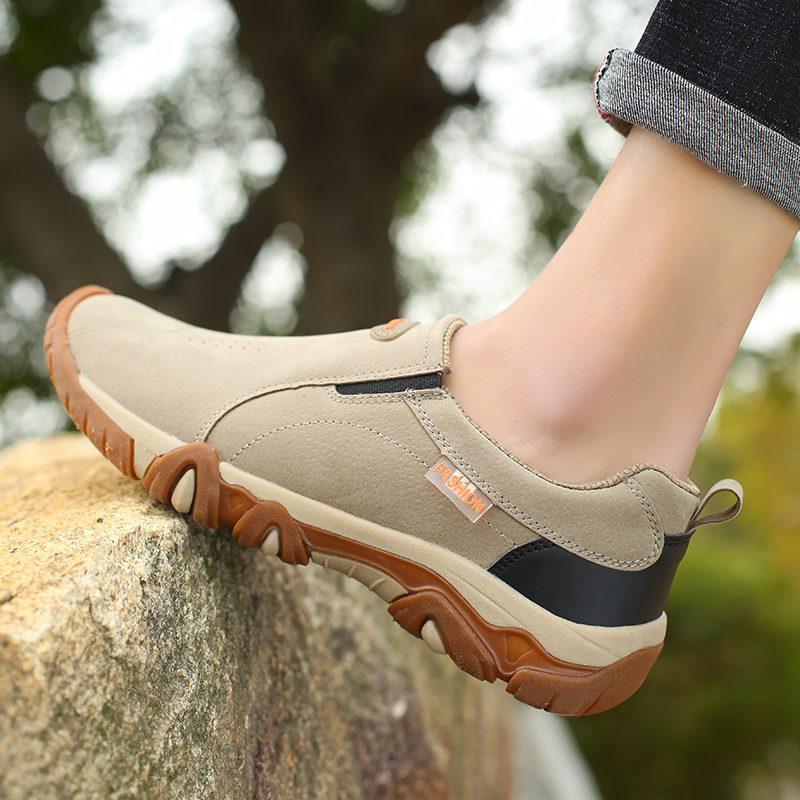2019 New Men Shoes Genuine Leather Loafers Breathable Spring Autumn Casual Shoes Outdoor Non Slip Men Sneakers