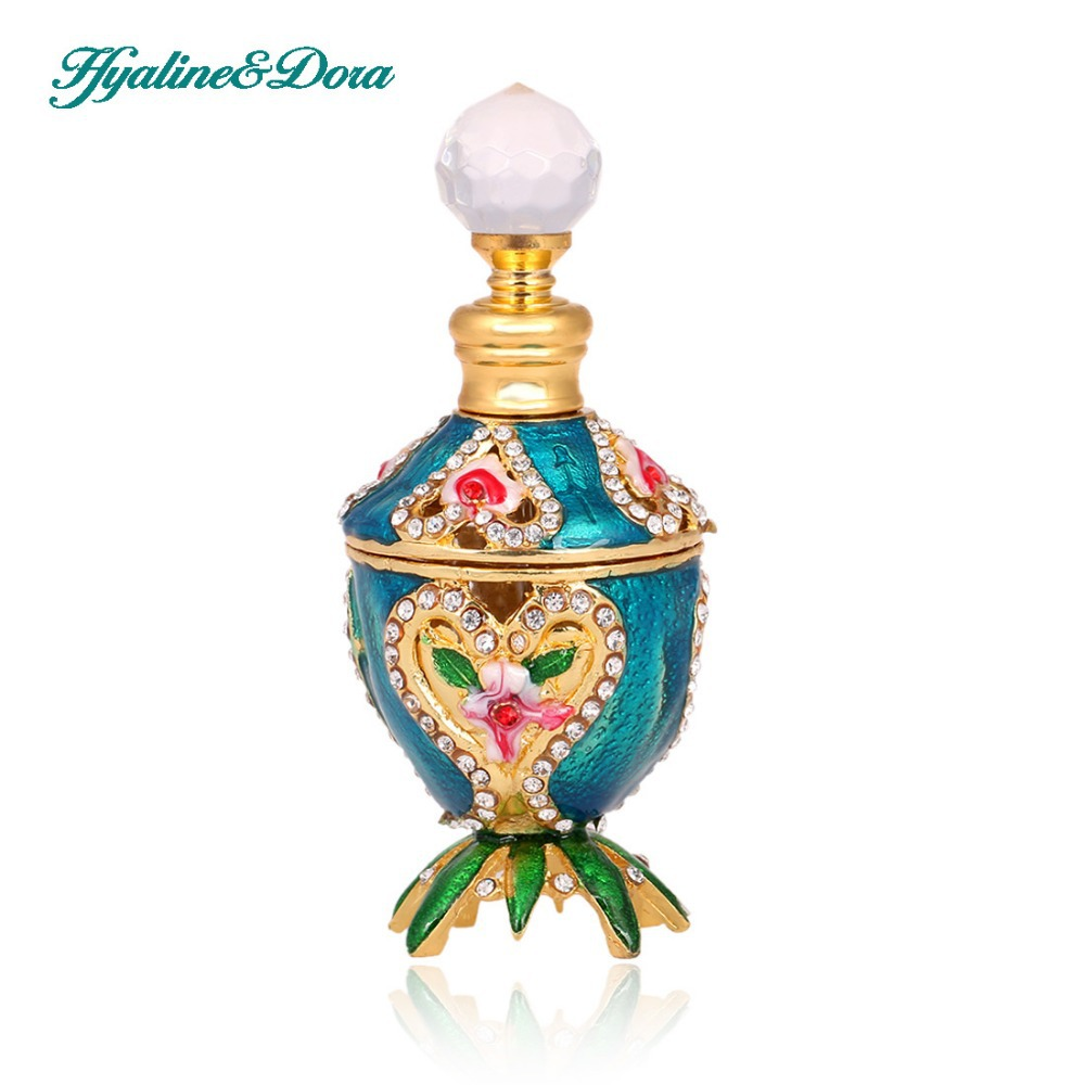 Love Heart Retro 5ml Graven Metal and Glass Empty Container Refillable Portable Gift Perfume Bottle Home Decoration alcohol and liquid container bottle white 180ml