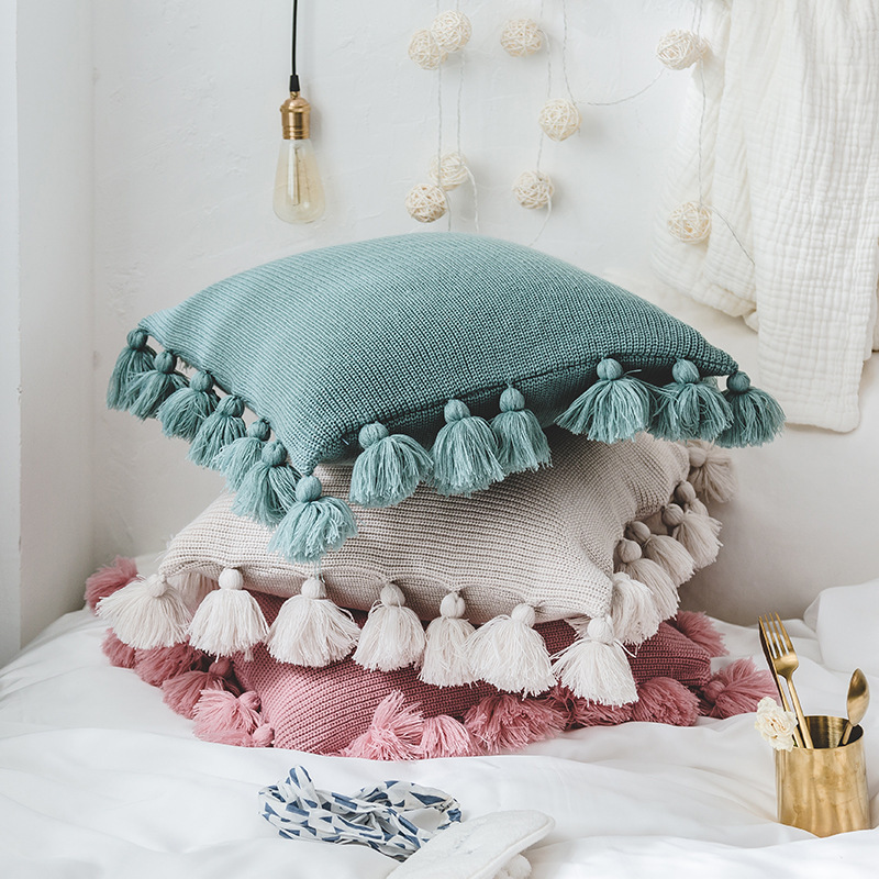 Ins Solid Color Lantern Hair Ball Pillow Handmade Knitted Cushion Sofa Pads With Tassels Balls Soft Nordic Simple Home Decor