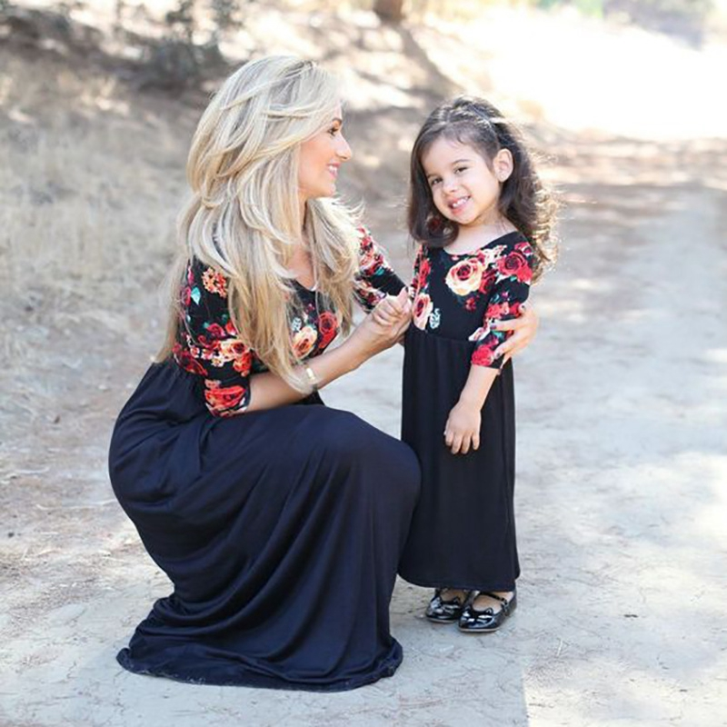 Family Matching Outfits Autumn Mom Daughter Dresses O-neck Printing Flower Family Mom And Daughter Dress Family Matching Clothes