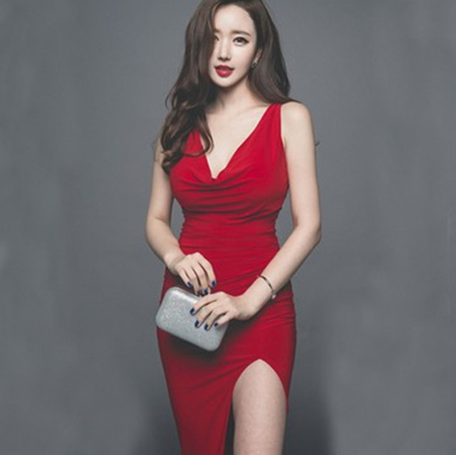 bf06e964b8bc3 Women Red Evening Party Sexy Club Dresses 2018 Summer Plus Size Sleeveless  V-Neck Solid