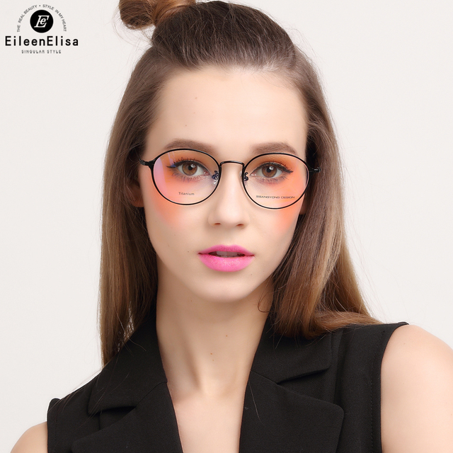 fdf0a2108a EE Titanium Round Eyeglasses Frames Women Prescription Glasses Circle  Glasses Retro Clear Lens Optical Eye Glasses Frames