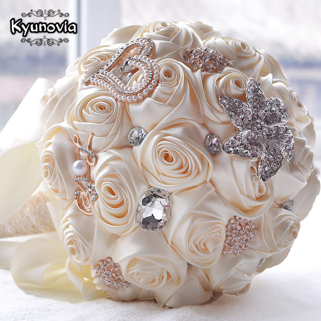 Online shop kyunovia in stock stunning wedding flowers white kyunovia in stock stunning wedding flowers white bridesmaid bridal bouquets artificial rose wedding bouquet fw139 mightylinksfo