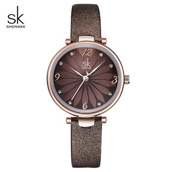 Shengke 花ダイヤルクリエイティブ女性はレザーストラップの女性の腕時計リロイ Mujer 2019 SK ファッションは女性の # k8047