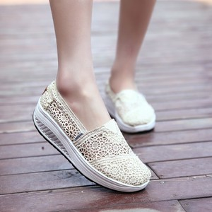 Image 2 - 2019 Summer Ladies Platform Shoes Hollow Lace Shallow Flat Shoes Women Black Sneakers Walking Swing Shoes Breathable Fashion