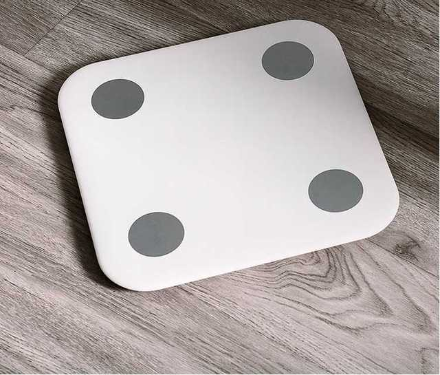Original xiaomi Body Fat smart scale Ultra Slim Simple Appearance BMI BMR Visceral Fat Test Support IOS8.0 Android4.4 Bluetooth4