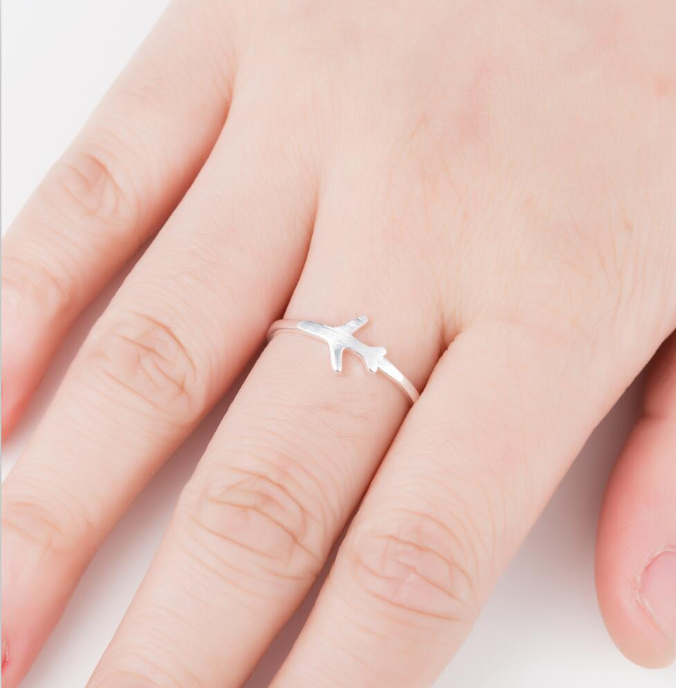 yiustar New Arrival Metal Model Aircraft Airplane Charm Pendant Ring Creative Best Friend Gift Accessories image