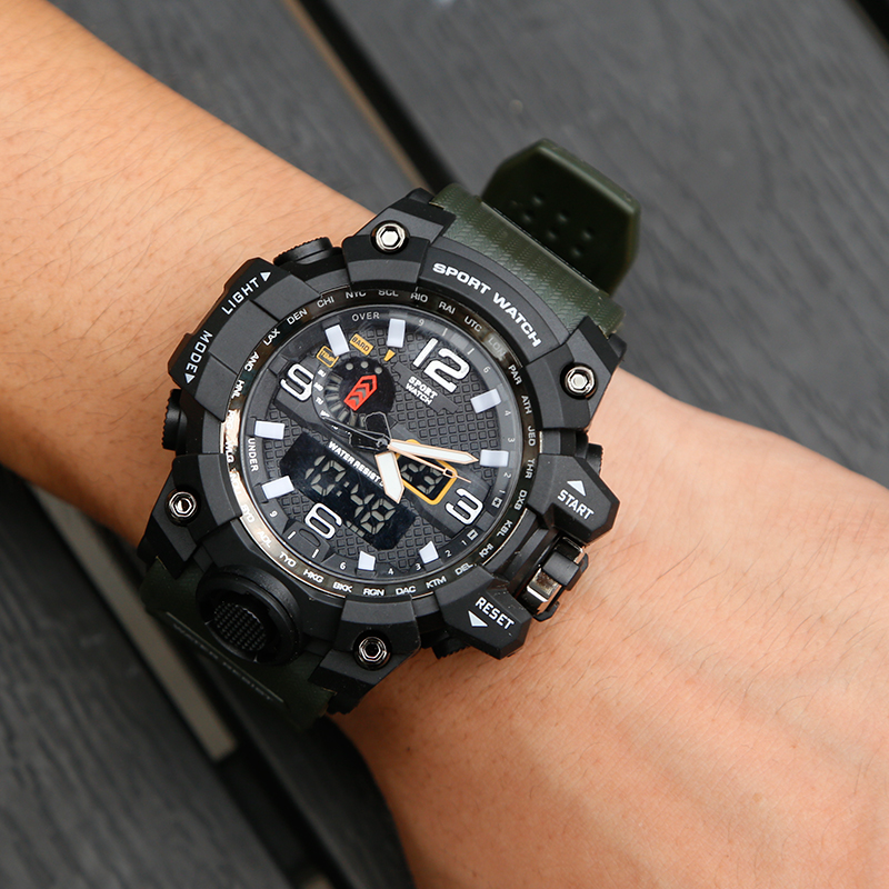 Watches 5ATM Waterproof Clock Chronograph Wristwatch Stainless Steel Sports Clock