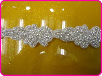 Free shipping wholesale iron on sew on bling applique for bridal belt
