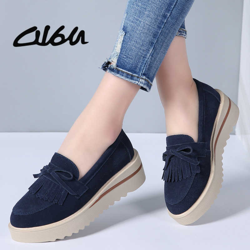 O16U 2018 Spring Women Flat Platform Shoes Suede Leather Tassel Loafers  Slip on Casual Shoes Women 5150a796dc6